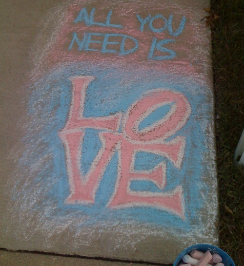 Lauri sidewalk art love