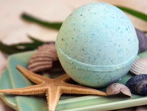 sea-inspired-bath-bomb-whipped-up-wonderful